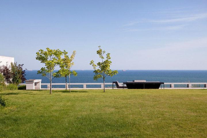 Резиденция с видом на море